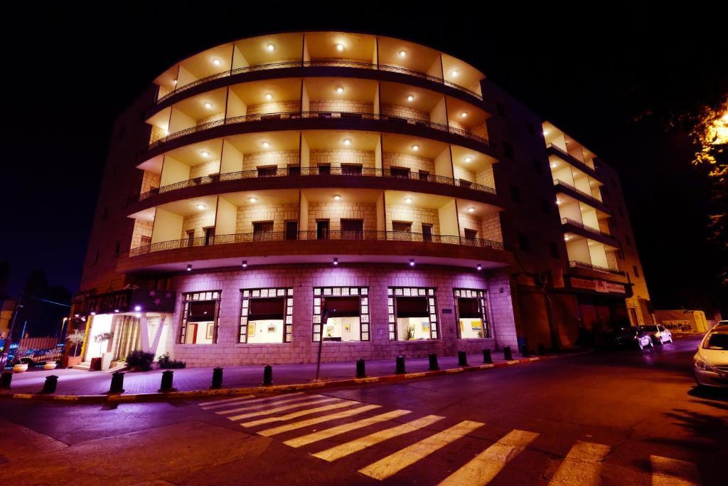 リッツ ホテル(Ritz Hotel)