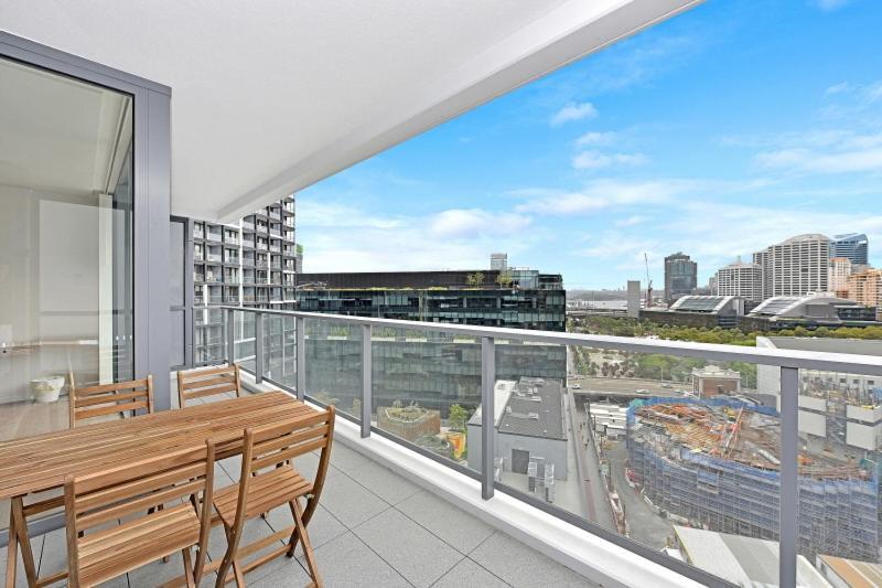 Modern And Central Cbd Apartment Sydney Australia Booking Com