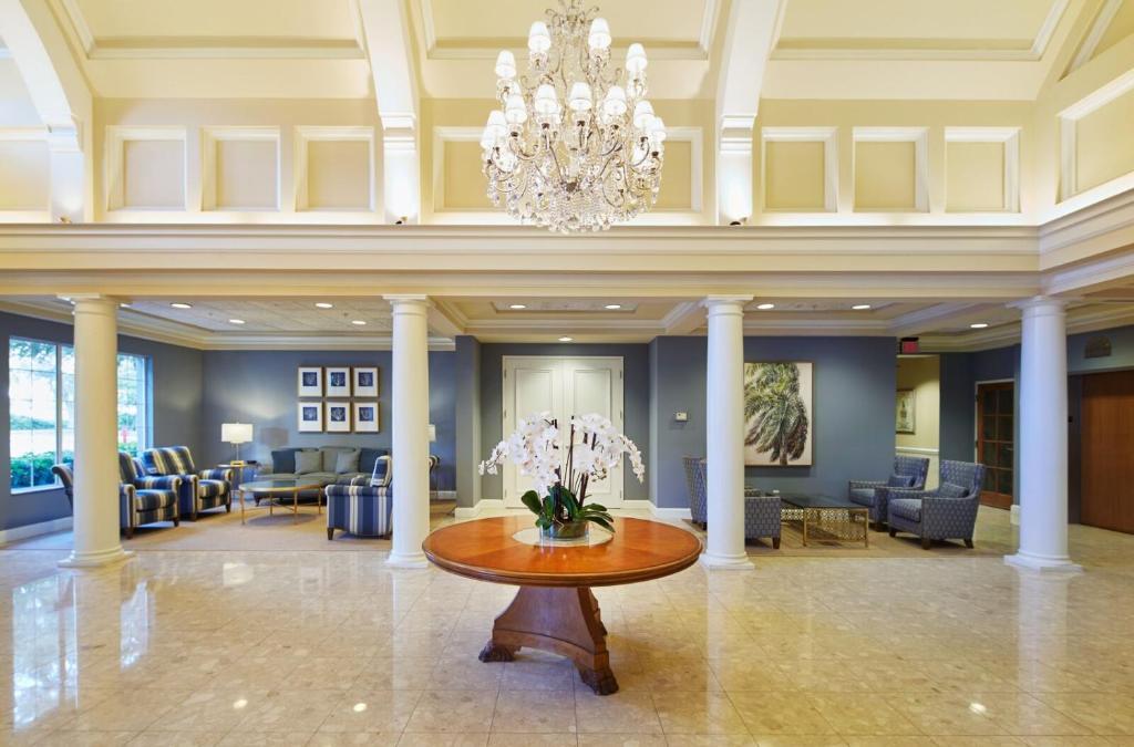 Trianon Bonita Bay Hotel (USA Bonita Springs) - Booking.com