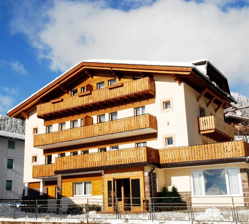 Residence Adler, San Martino di Castrozza – Prezzi aggiornati per il ...