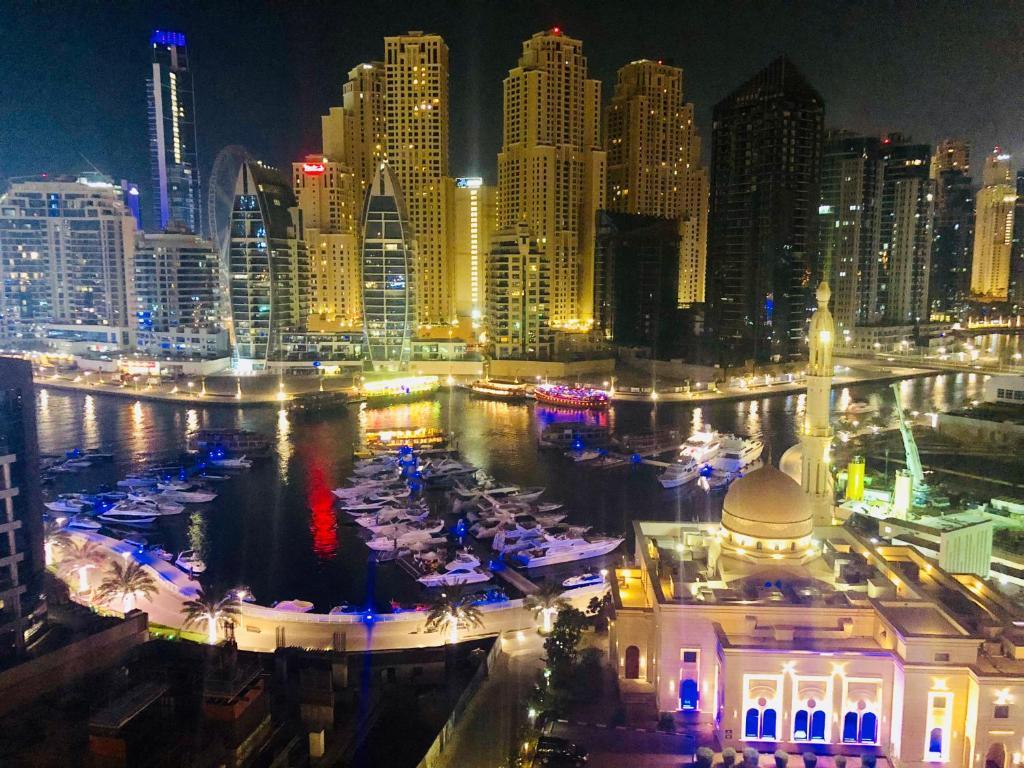 Apartment Stunning Dubai Marina View Partial Sea View Uae