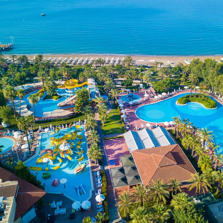 Насладитесь великолепным сервисом в Paloma Grida Resort & Spa