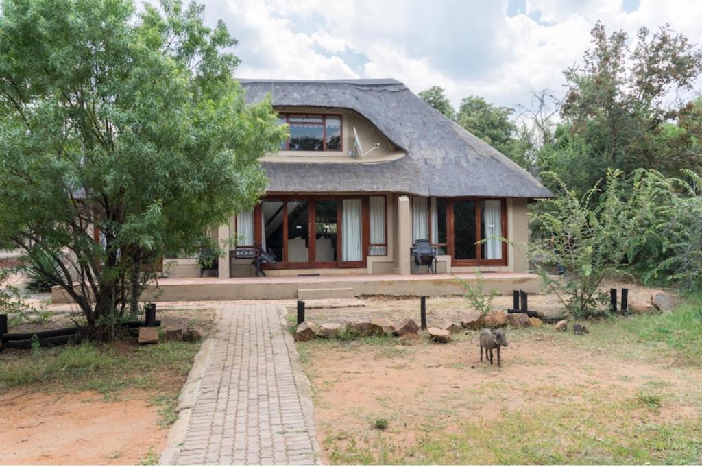 Mabalingwe Elephant Lodge Unit 154 Kremetart, Bela-Bela, South ...