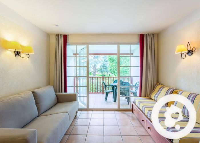 Apartments In Uhart-cize Aquitaine