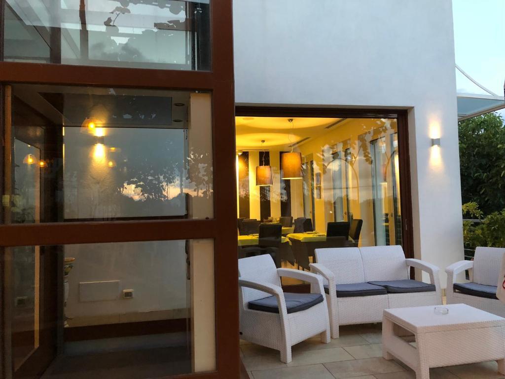 De Maria House, Sant'Agata sui Due Golfi – Updated 2018 Prices