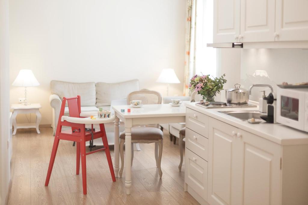 Gatto Perso Luxury Studio Apartments, Salonicco – Prezzi aggiornati ...