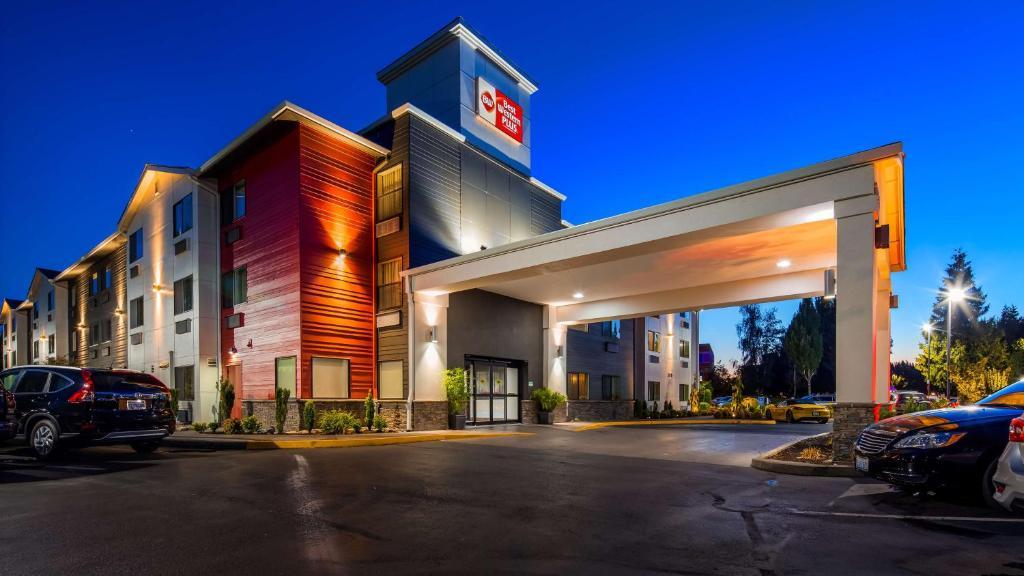 Best Western Plus Portland Airport Hotel Suites Parkrose
