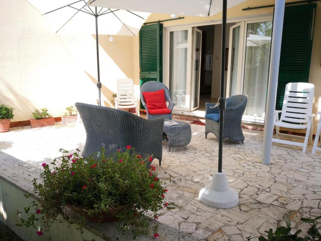 Condo Hotel Terrazza Giardino Al Mare Marina Di Pietrasanta Italy