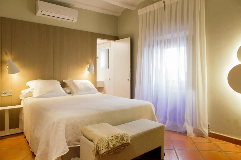 boutique hotels in aragon  19