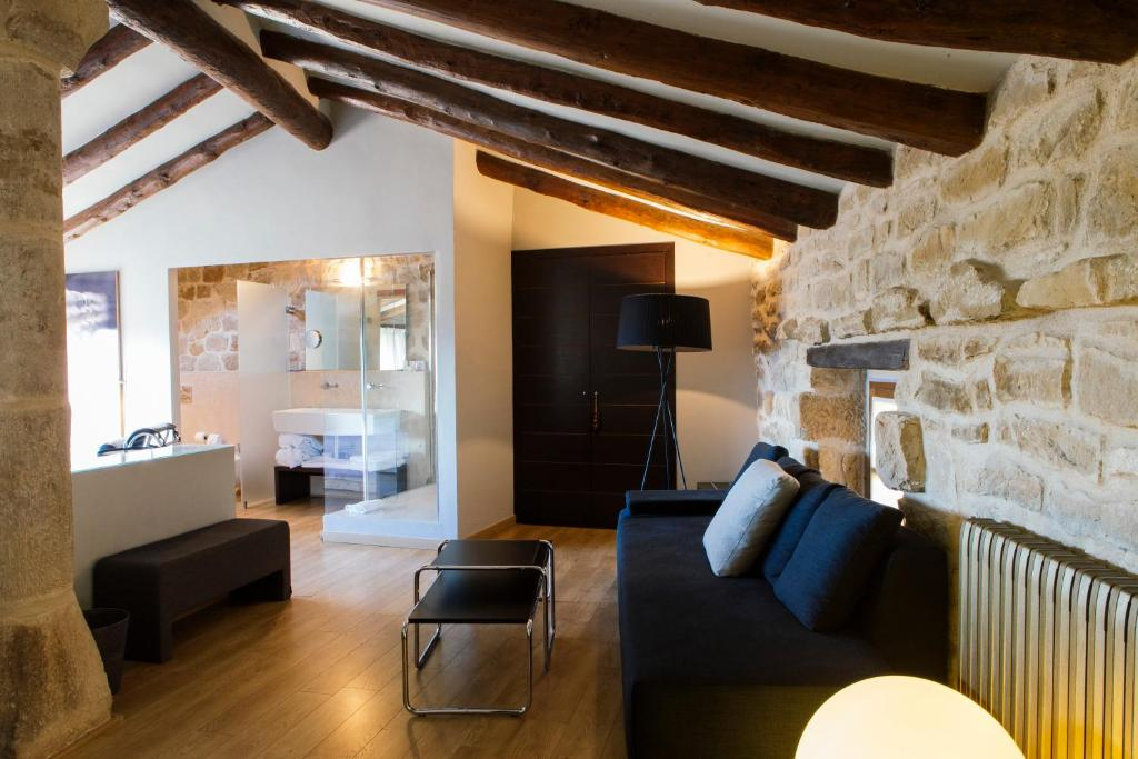 boutique hotels in calaceite  14