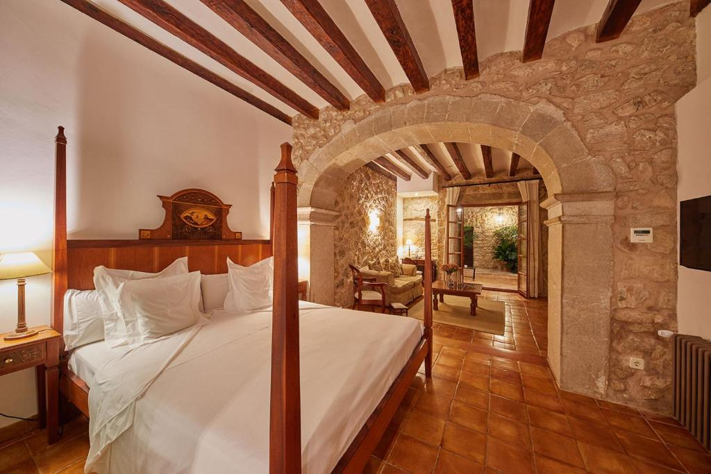 hotels with  charm in lloseta  23