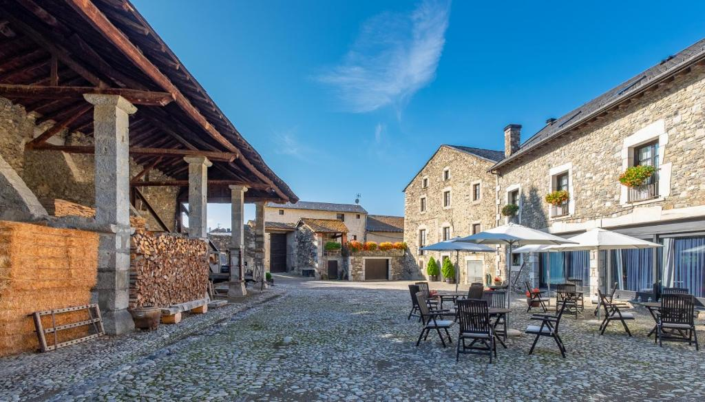 boutique hotels in llivia  39