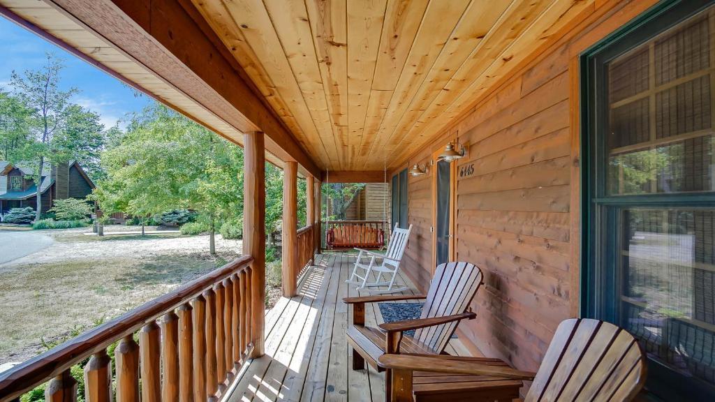 Vacation Home Kingfisher Cove Cabin 16 Saugatuck Mi