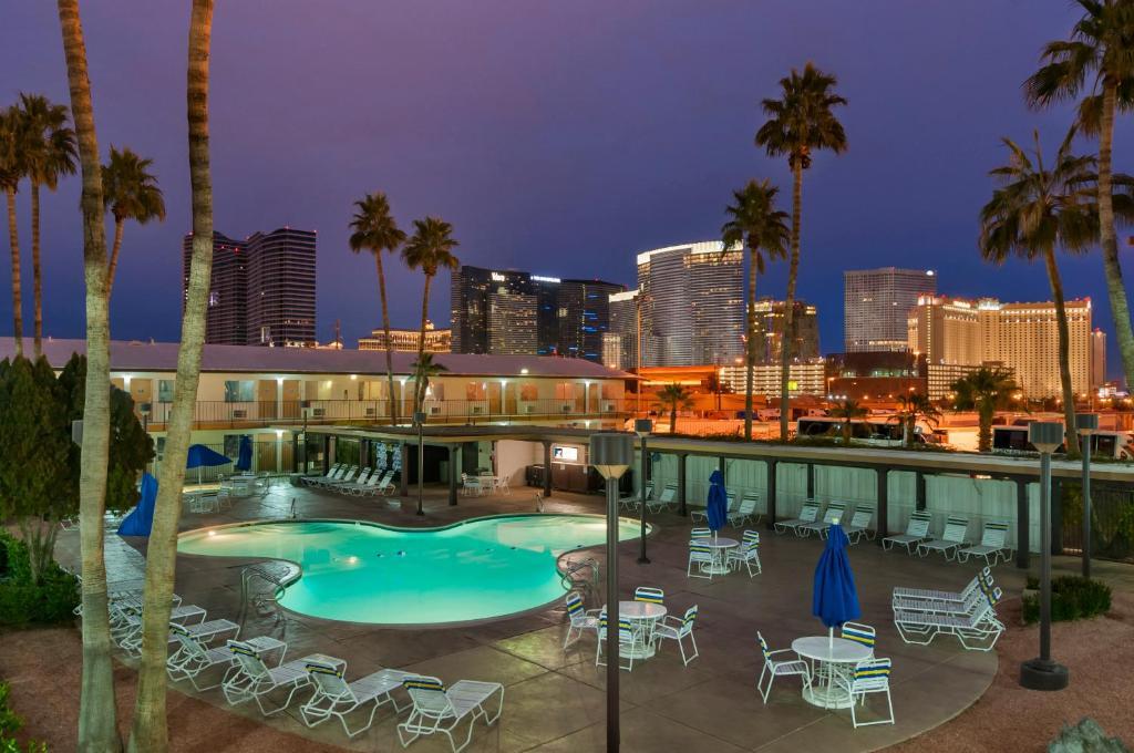 デイズ イン ラスベガス アット ワイルド ワイルド ウエスト ギャンブリング ホール(Days Inn by Wyndham Las Vegas Wild Wild West Gambling Hall)
