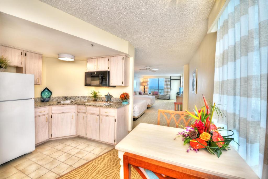 Bahama House Daytona Beach Ss Reserve Now Gallery Image Of This Property