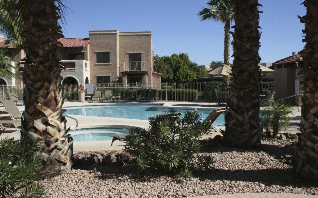 2 bedroom Apartment ASU West, Glendale, AZ - Booking.com