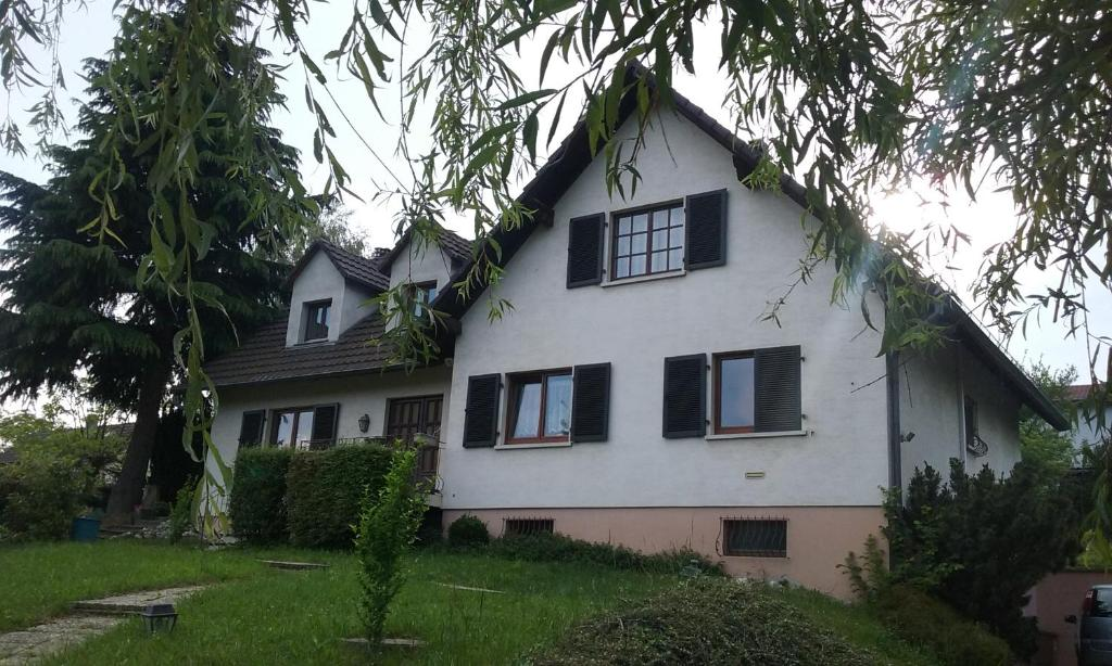 Apartments In Saint-bernard Alsace