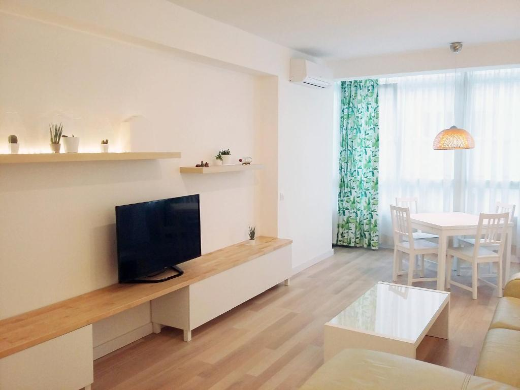 Apartment Chamartin Ciudad Jardin Madrid Spain Booking Com
