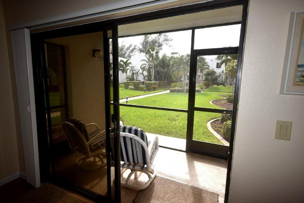 Vacation Home Tamarind A-215, Englewood, FL - Booking.com