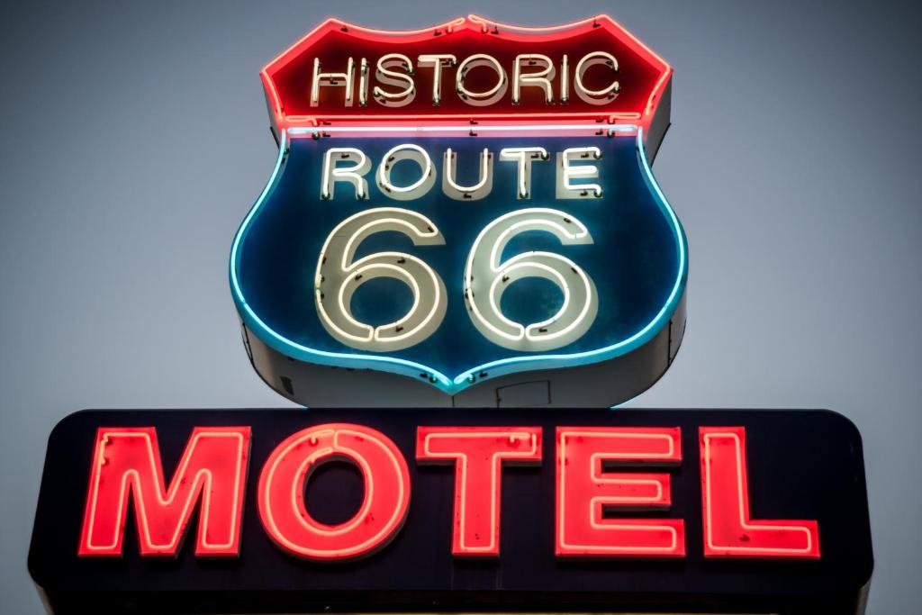 Historic Route 66 Motel Usa Seligman Bookingcom