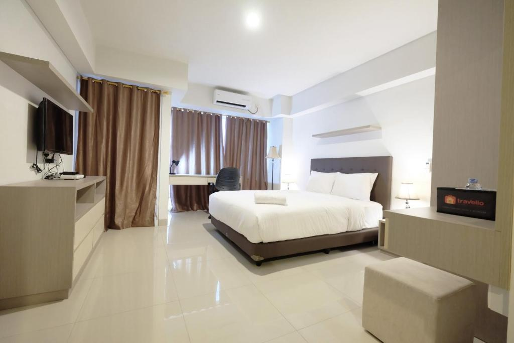 Minimalist Studio Apartment at The H Residence By Travelio, Jakarta ...