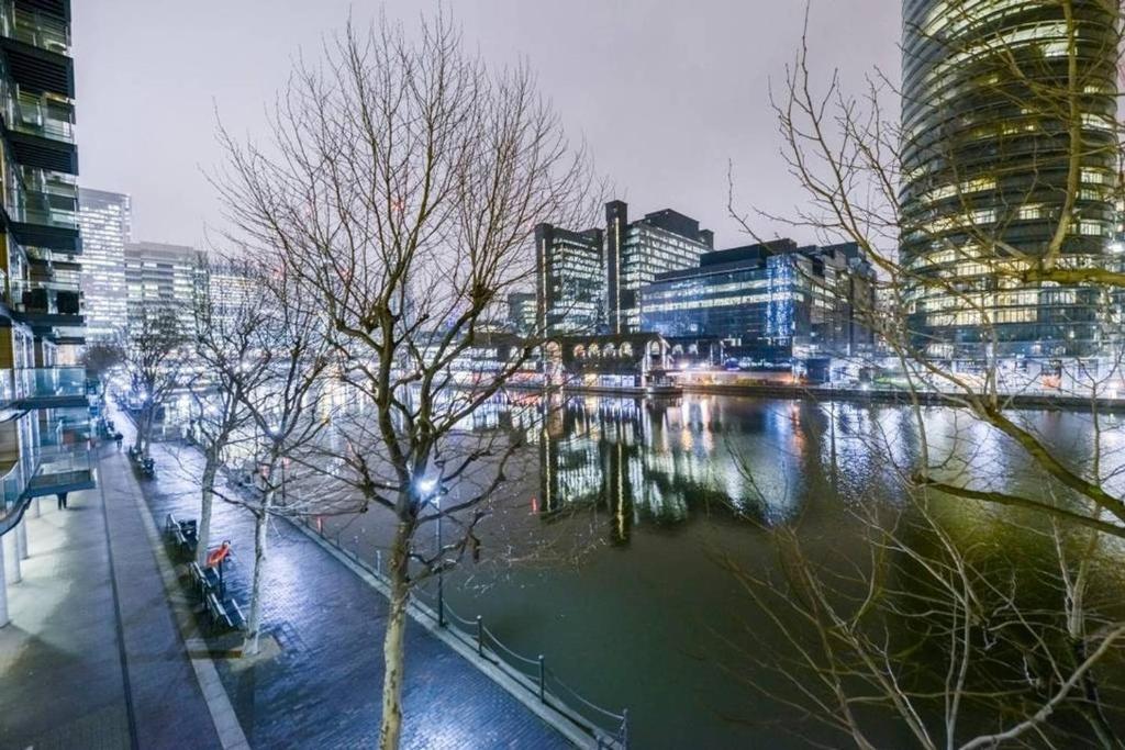 Canary Wharf Luxury Apartments Hotel London Uk Deals