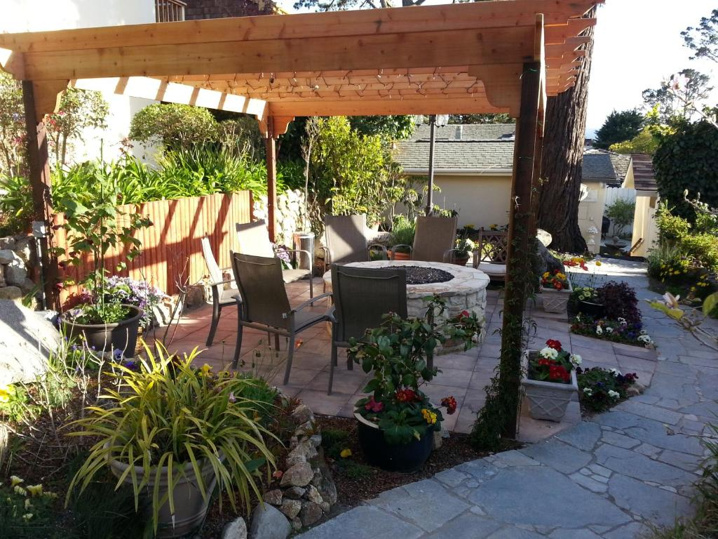 inn the vendange carmel ca booking com