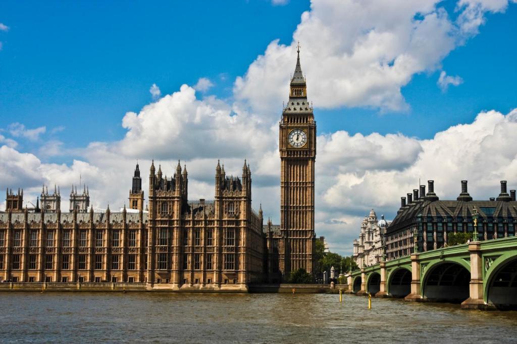 Londýn zadarmo online dátumu lokalít