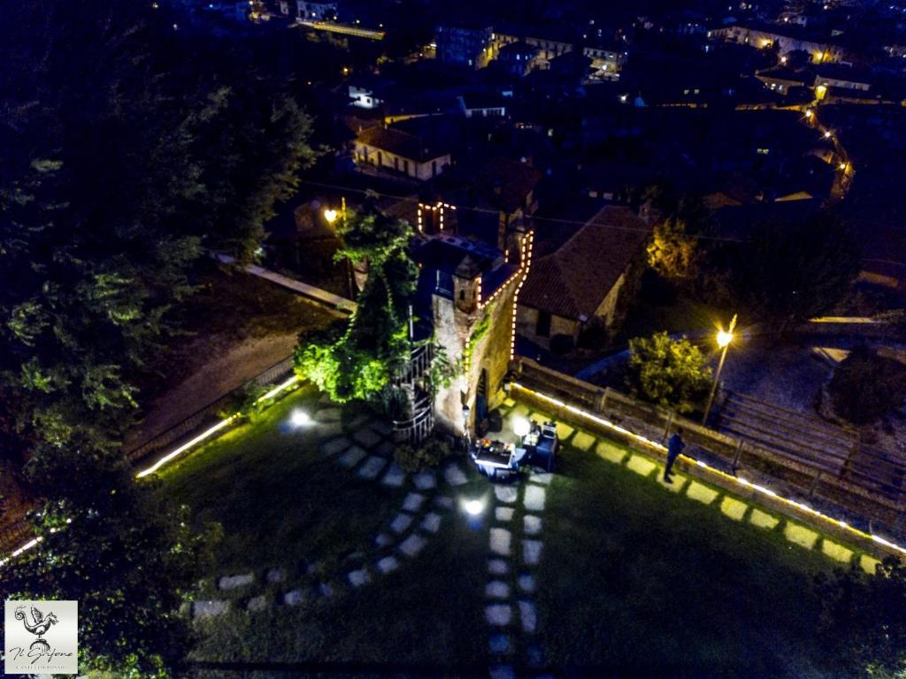 Vue panoramique sur l'établissement Castello Rosso