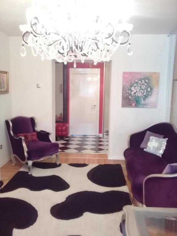 Гостиная зона в Apartment on 2-Ya Kol'tsevaya 31