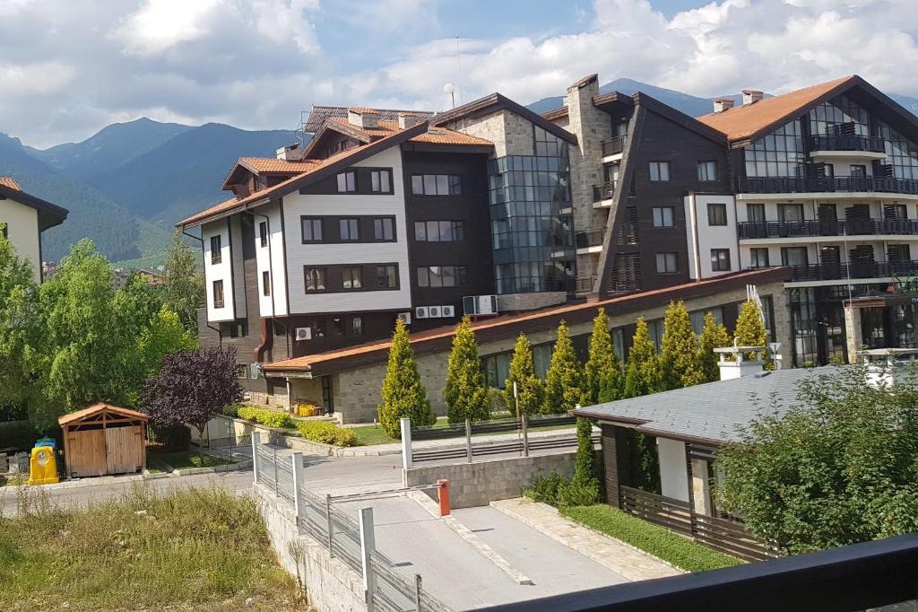 Апартамент Aspen Suites - Разлог