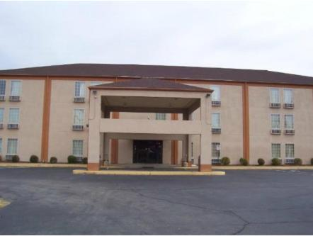 Americas Best Value Inn Evansville East Reserve Now Gallery Image Of This Property
