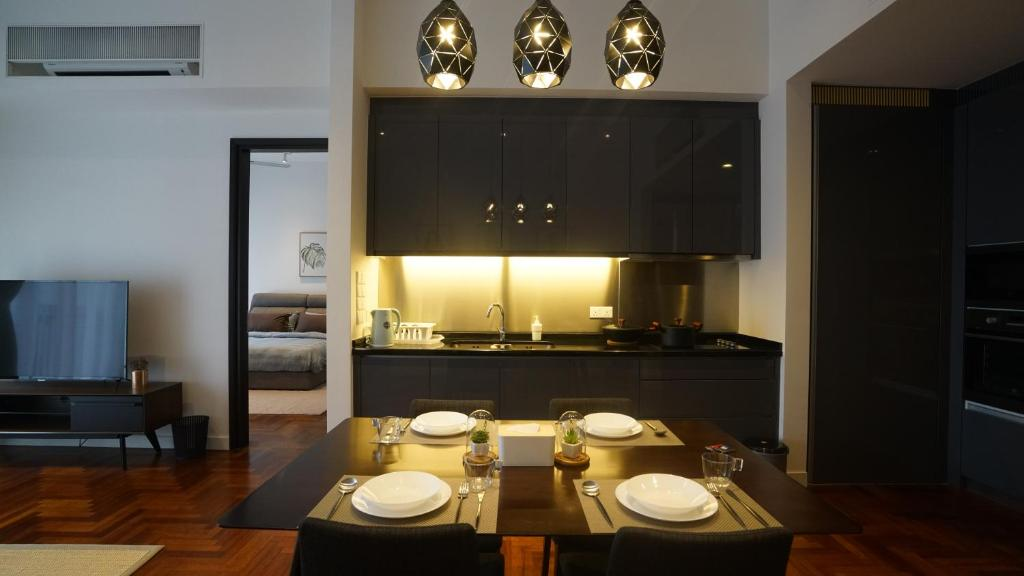 Klcc The Mews Home Kuala Lumpur Updated 2019 Prices