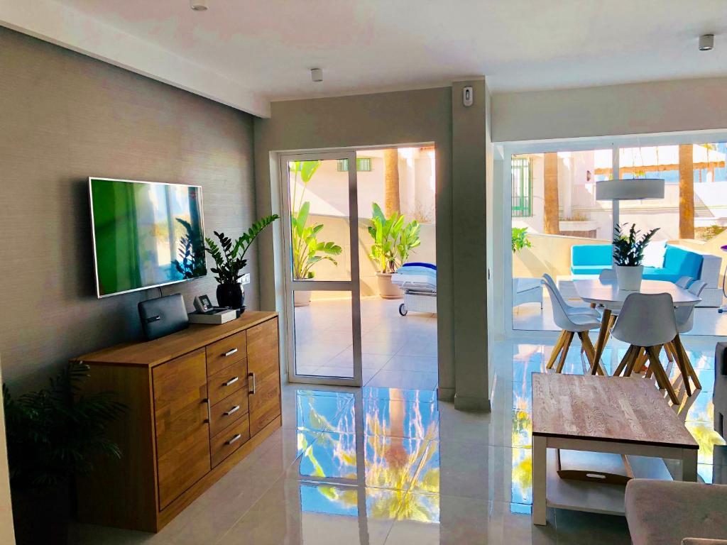 Happy Apartments Tenerife - Apartment Superior - Island ...