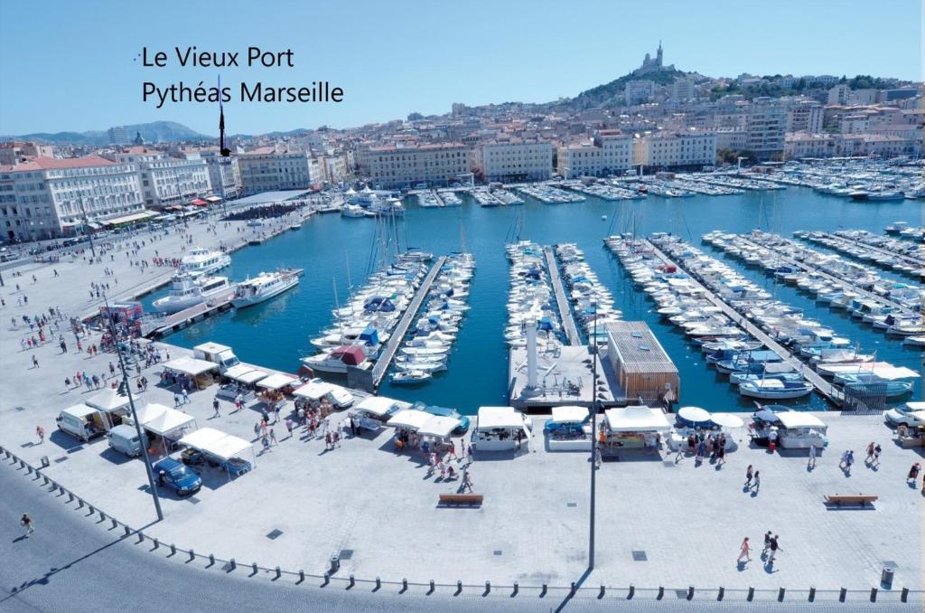 Apartment le pytheas vieux port marseille france booking.com