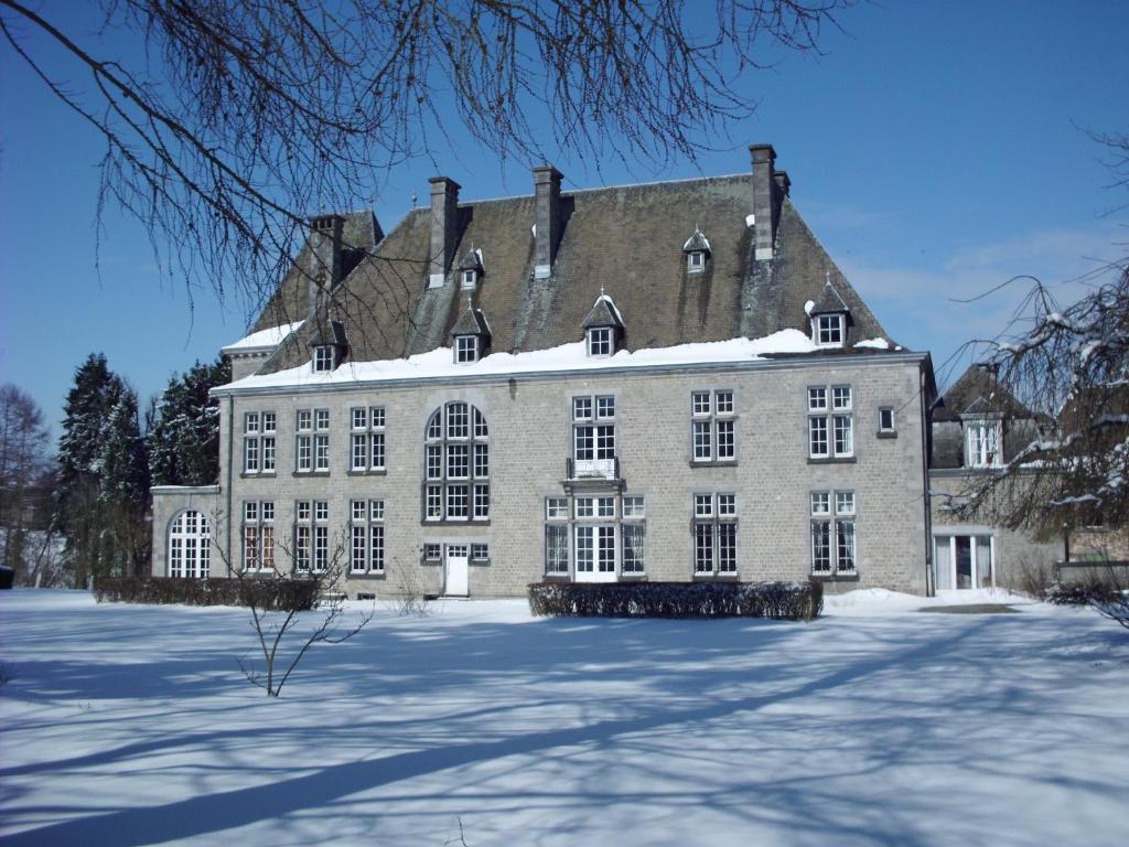 Vacation Home Chateau De La Motte Yvoir Belgium Booking Com