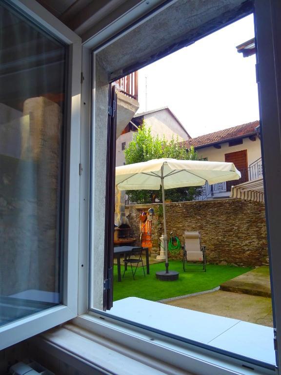 Apartment la casa del barbecue brovello carpugnino italy - La casa del barbecue ...