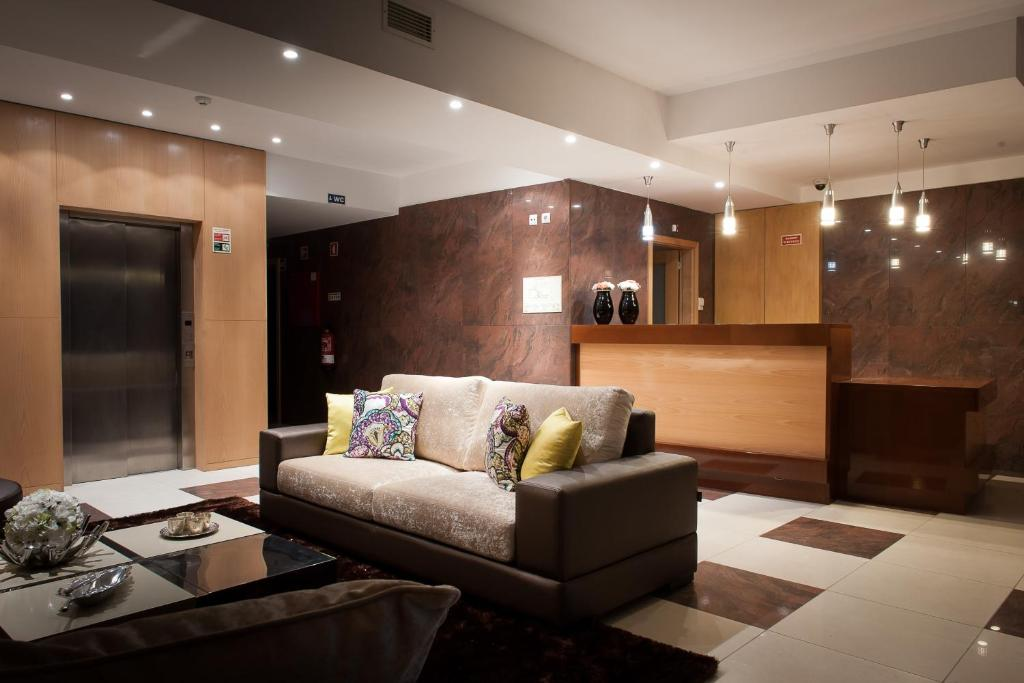 The lobby or reception area at Mondim Hotel & Spa