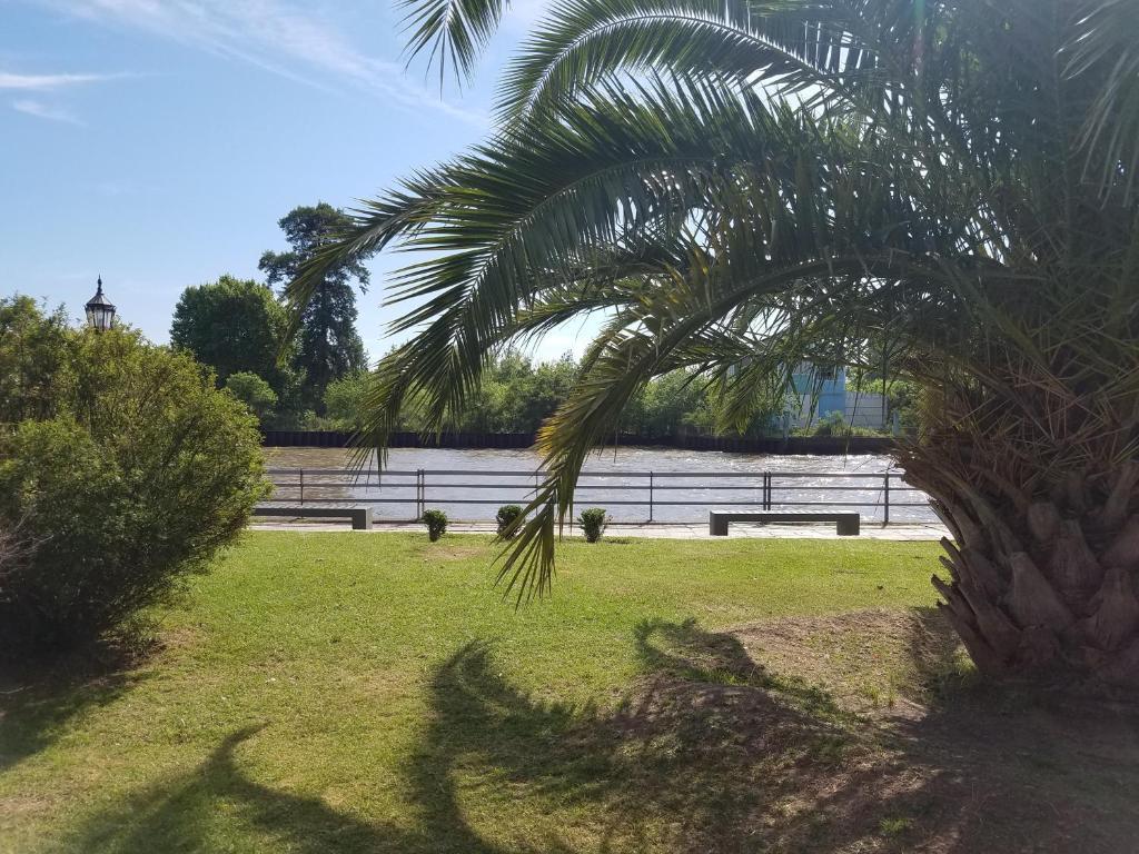 A garden outside Casa en la Costa de Tigre