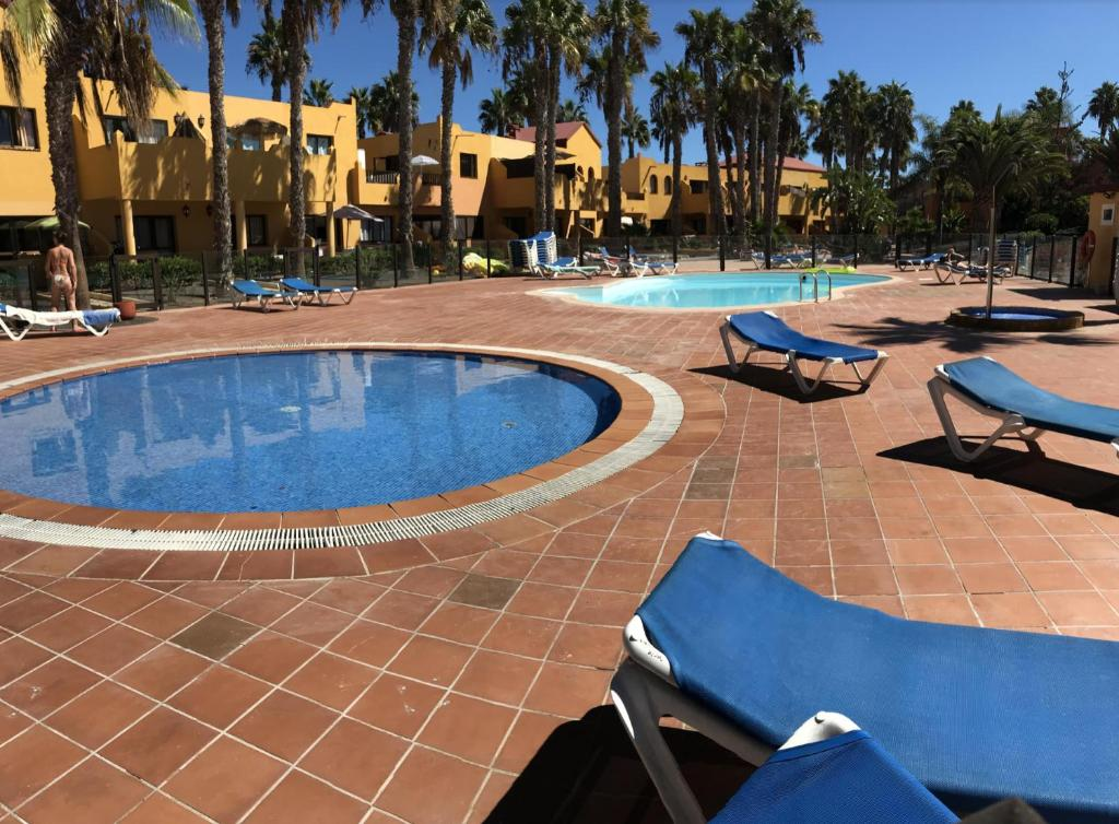 Lightbooking- Blue and Pool Oasis Royal, Corralejo – Updated 2019 Prices