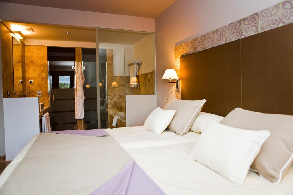 boutique hotels in granada  89