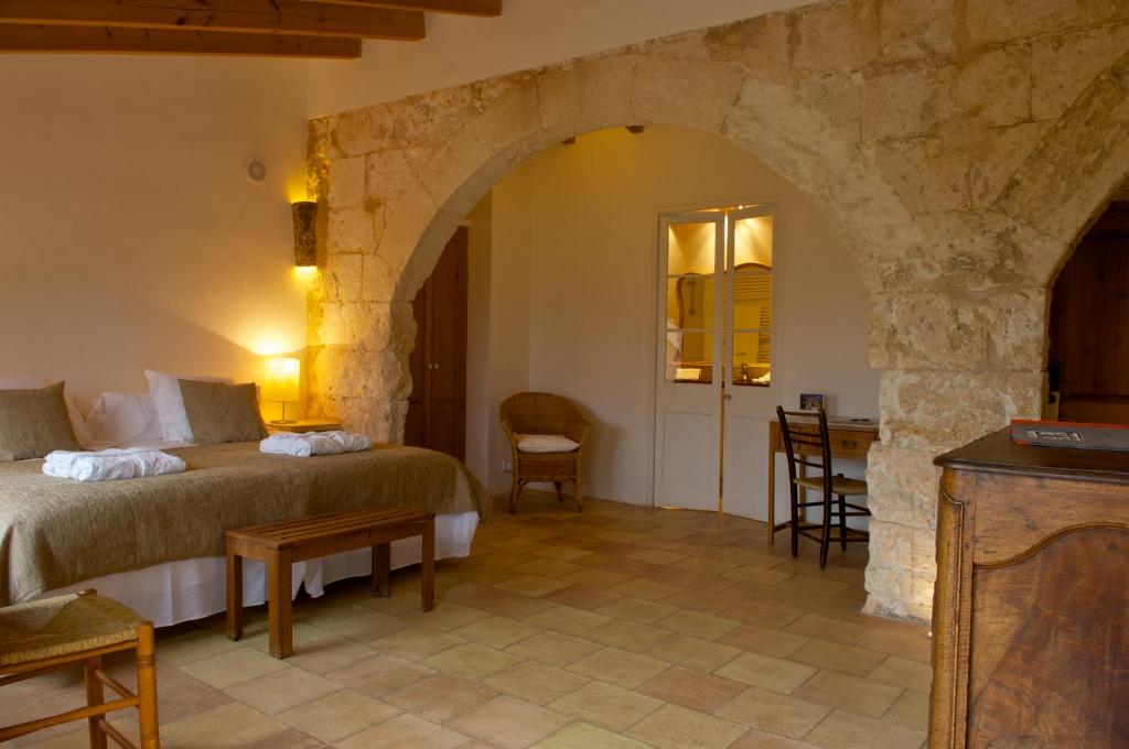 boutique hotels menorca  230