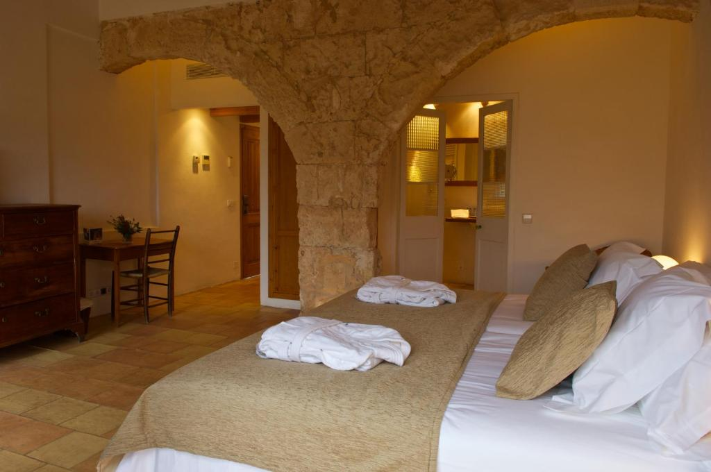 boutique hotels menorca  221