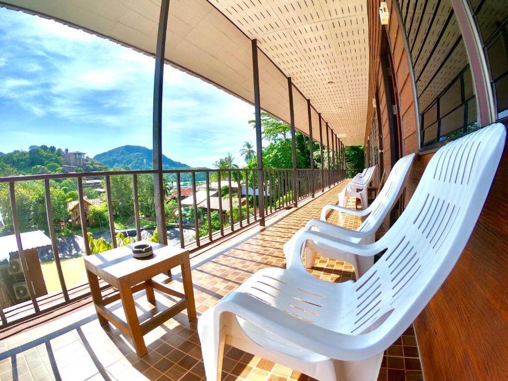 Tapear Resort  Phi Phi Don  U2013 Prezzi Aggiornati Per Il 2019