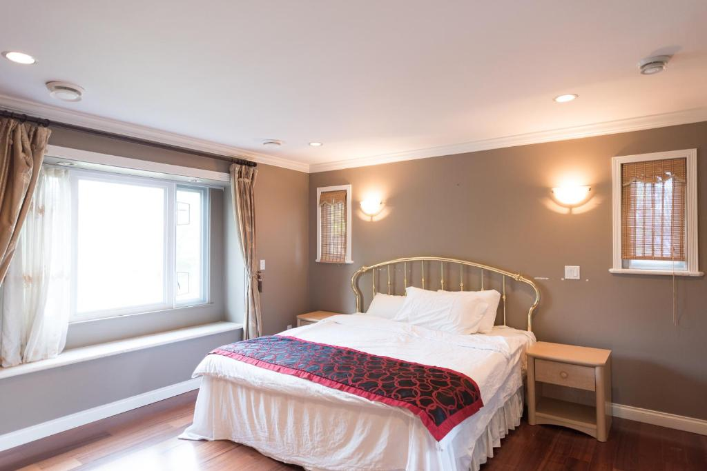 ... Master Bedroom With Ensuite. Reserve Now. Gallery Image Of This  Property ...
