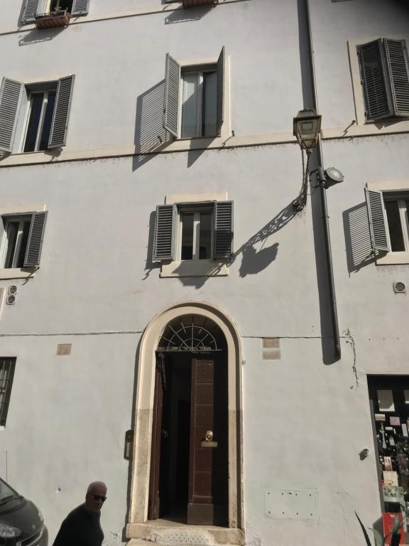 Apartment La casa dell'Arte nel cuore di Roma, Rome, Italy - Booking com