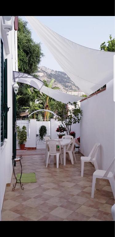 Mondello Home