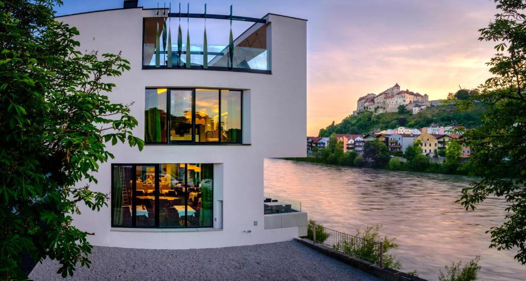 Hotel Burgblick 214 Sterreich Hochburg Ach Booking Com