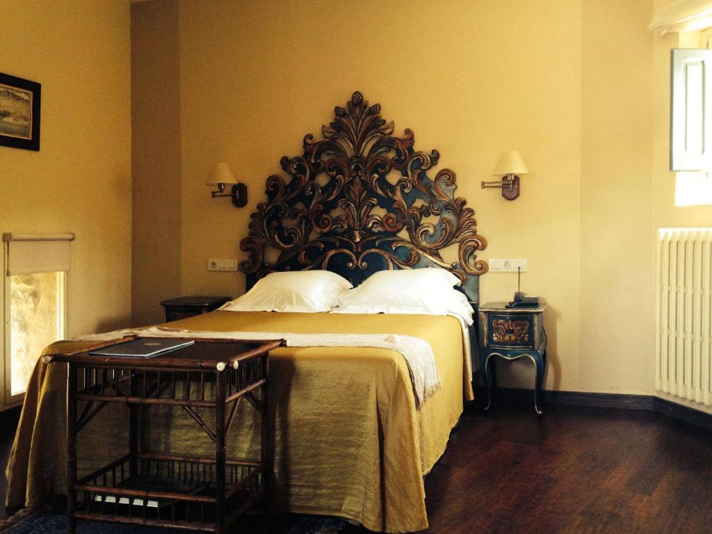 hoteles con encanto en sant llorenç de la muga  14