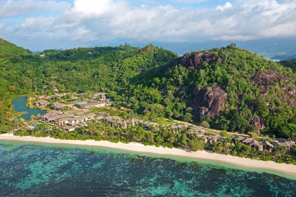Kempinski Seychelles Resort с высоты птичьего полета